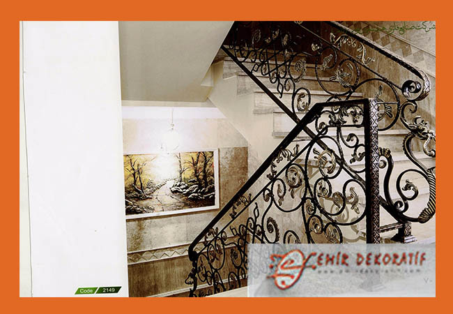 Ferforje oymalı merdiven korkuluğu