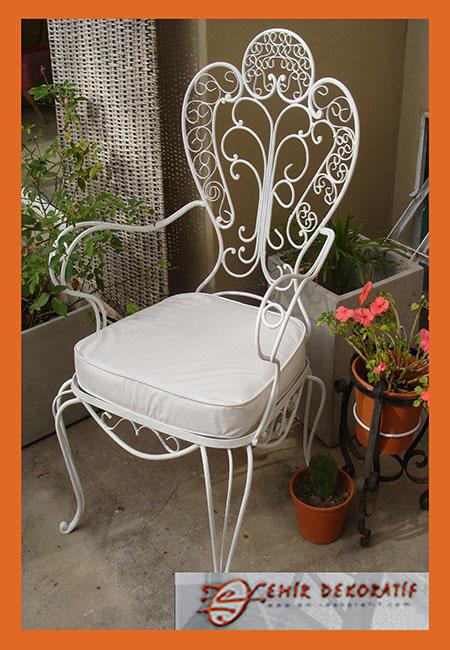 Ferforje Beyaz Sandalye