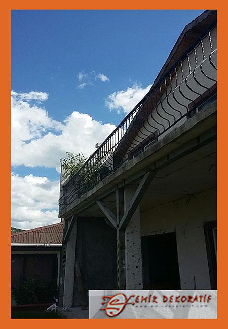 ferforje balkon korkulukları5