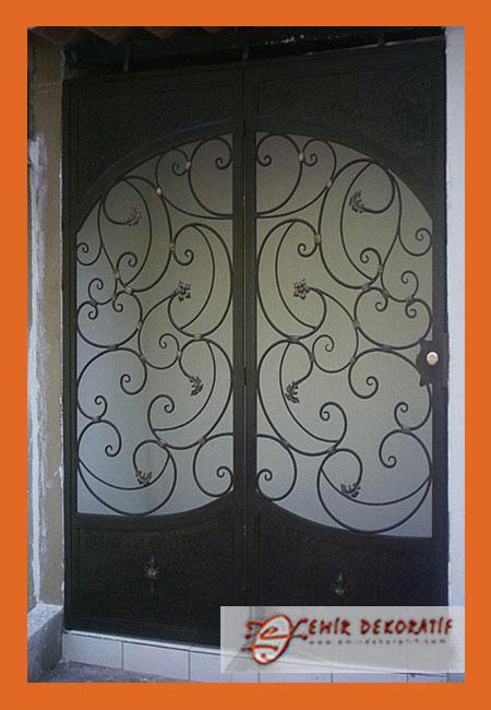 Demir Kapı