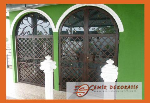 Ferforje Çift Kapı